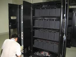Thời gian lưu điện của UPS cũng phụ thuộc vào lượng thiết bị kết nối